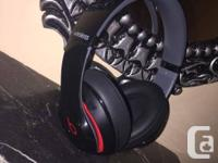 Hi, I'm selling my Dr. Dre Studio2 Wireless Black