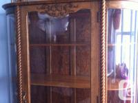 unique top piece with back mirror and spindles, three for sale  Quebec