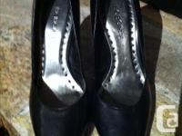 BEAUTIFUL BLACK PUMPS SIZE 7.5 ***NEW*** THESE ARE