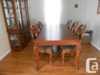 Elegant and nicely wood decorated Dining Table with 6