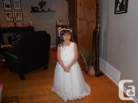 Gorgeous Flower Girl Gown Size 6X-8 worn in a wedding.