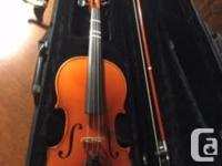 I am selling my 4/4 Karl Höffner violin (made in 1994)