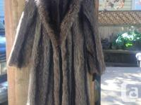 Full length Raccoon fur coat, great condition.. Bought