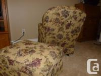 Quality swivel rocker with ottoman for sale. Taupe with