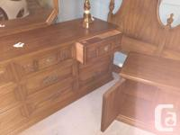 Beautiful mahogany bedroom suite made by Gibbard