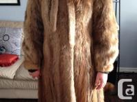 Beaver fur coat from Western Furs, Size 10/12. Youthful