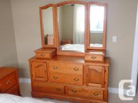 6 Piece Bedroom Set - dresser, mirror, nightstands x2,