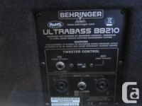 This is a great, slightly used Behringer 2x10 bass