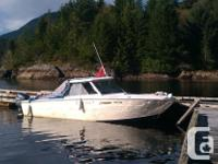 22' hull 2010 Yamaha 250 hp 4 stroke engine 1,107