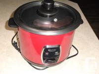 Electric rice cooker with a non-stick surface Capacity