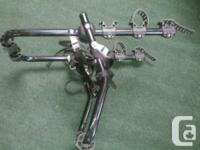 Good quality trunk mount bicycle carrier....will