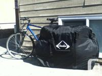 STRONG, SPACIOUS CYCLE BAG bought in France in 2013 for