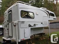 2008 Bigfoot 15c9.5 model. This unit has a north/South