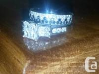 White gold involvement ring with 9 diamonds amounting
