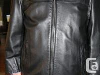 This is a very nice black leather jacket in very good