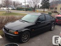 Selling my 2001 BMW 325i. The car needs TLC but has for sale  Quebec