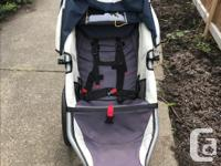 Excellent Bob Stroller- clean & ready to use. Has car