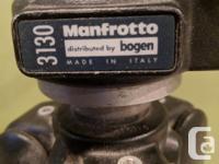 Bogen Manfrotto 3211 tripod w/3130 swivel head. Hardly