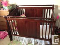 Absolutely mint Bolero crib in a beautiful java finish.