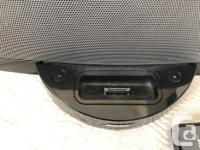 Like new Bose Sound Dock for iPod or iPhone 4/5. comes