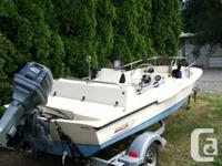 Selling my 1989 Boston Whaler 13ft Sporting activity.
