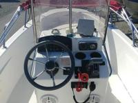 This BOSTON WHALER 2001 DAUNTLESS 16 comes powered by a