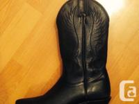 Excellent condition, worn once Made in Canada -
