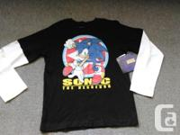 "Boy's new ""SONIC THE HEDGEHOG"" long sleeved top. Size"