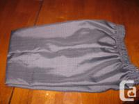 Boys Dress pants - size 6 Colour - Grey $5 In new
