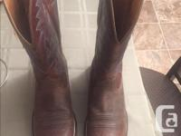 Unworn ARIAT cowboy boots purchased from Cowtown. size