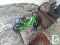 Selling this Evo green balance bike! Real Tires , Great