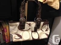Brand new, never used Coach shoulder bag. Beige
