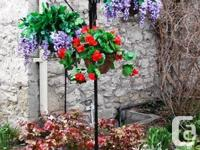 Specifications 2 Arms or 3 Arm Decorative Plant Hanger