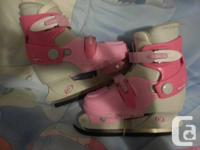Brand New girls ice skates Size 1  Can be adjusted to