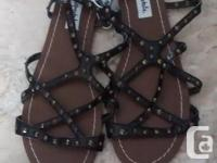 Brand New - Ladies Beautiful Aeropostale Sandals in
