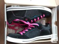 Brand New - Ladies Gorgeous Firefly Sneakers in