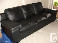 TOP QUALITY HARD WEARING LEATHER COUCH. AS NEW PALLISER
