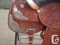 """PERFECT condition showman western show saddle 15 """""""
