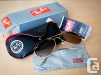 Brand New with box! RAY BANS Aviator Sunglasses.