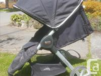 This stroller is fantastic! It folds up so quickly with