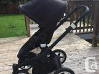 REDUCED Selling my very gently used all black Bugaboo