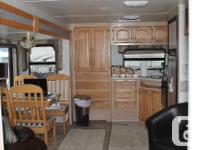 2003 32 ft. Carriage Travel Trailer, 2 slideouts, front