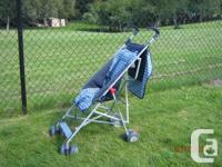 Lightweight stroller Folds for very easy bring