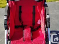 Good used Bumbleride Indie Stroller. Seat fully