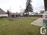 # Bath 1.5 Sq Ft 864 # Bed 4 +1 bed, 1.5 bath bungalow