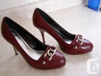 """Ladies 4"""" high heel shoe Burgundy color Fits ladies"""