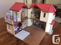 Calico Critters Luxury Townhome Playset House measures