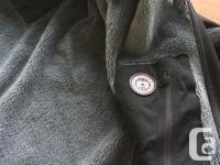 Hard fleece construction Polartec Power Shield O2.