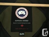 Mint condition Authentic Canada Goose Rideau Parka.