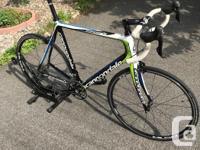 In excellent condition! 60cm frame. Carbon fiber frame